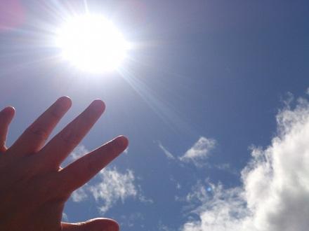 10 太陽のあたたかみを感じる(きれい家レオンOlive+ eco-project).jpg